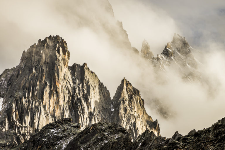 Photo Aiguille Chamonix - Aiguille de l'M, Dent du Caiman, Aiguille du Plan - Mystical Pe