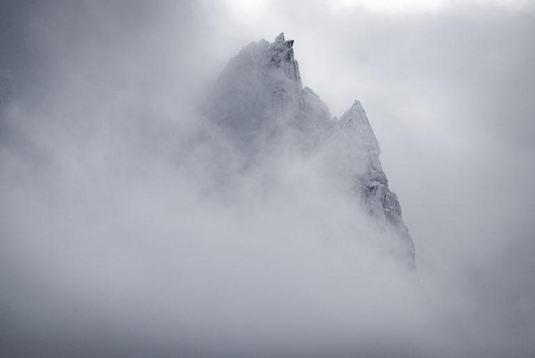 Aiguilles du midi Chamonix en noir et blanc - Mont Blanc - Aiguille de Blaitière