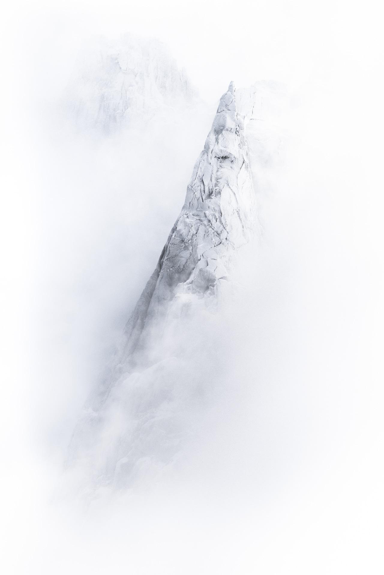 Les Aiguilles du midi Chamonix en noir et blanc - Mont Blanc - Aiguille deux Aigles - Dent du Crocodile