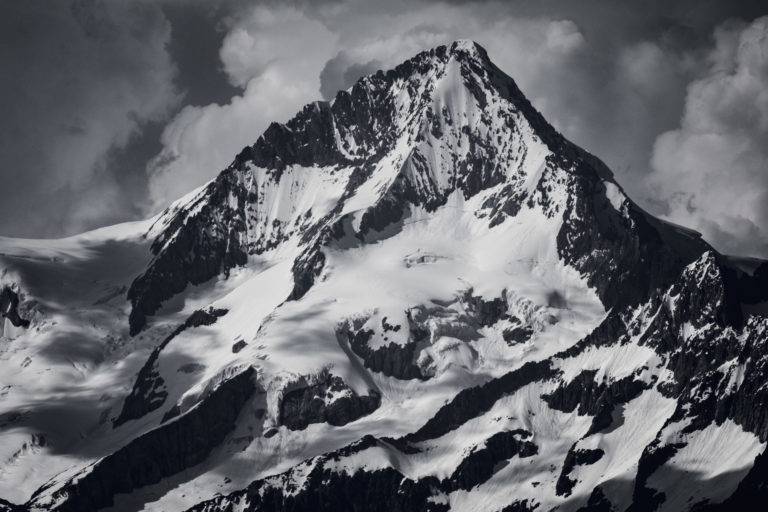 Sommet des alpes bernoises suisse - Aletschhorn vu de Saas