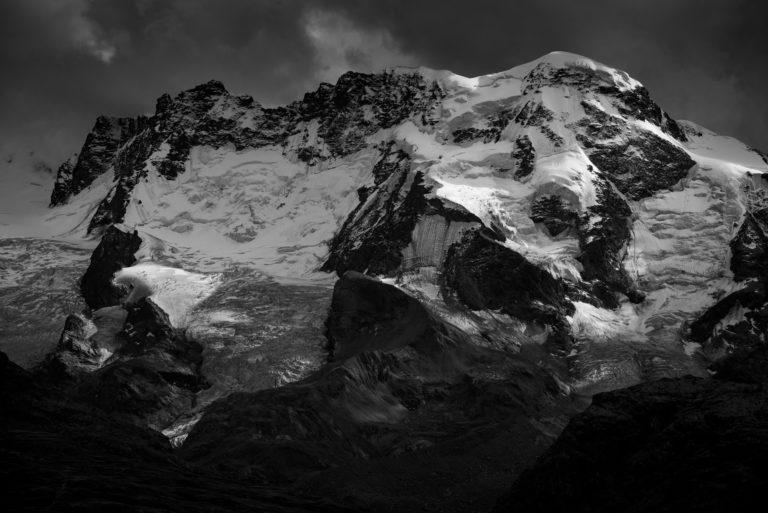 Zermatt Valais Suisse - image paysage de montagne- Breithorn