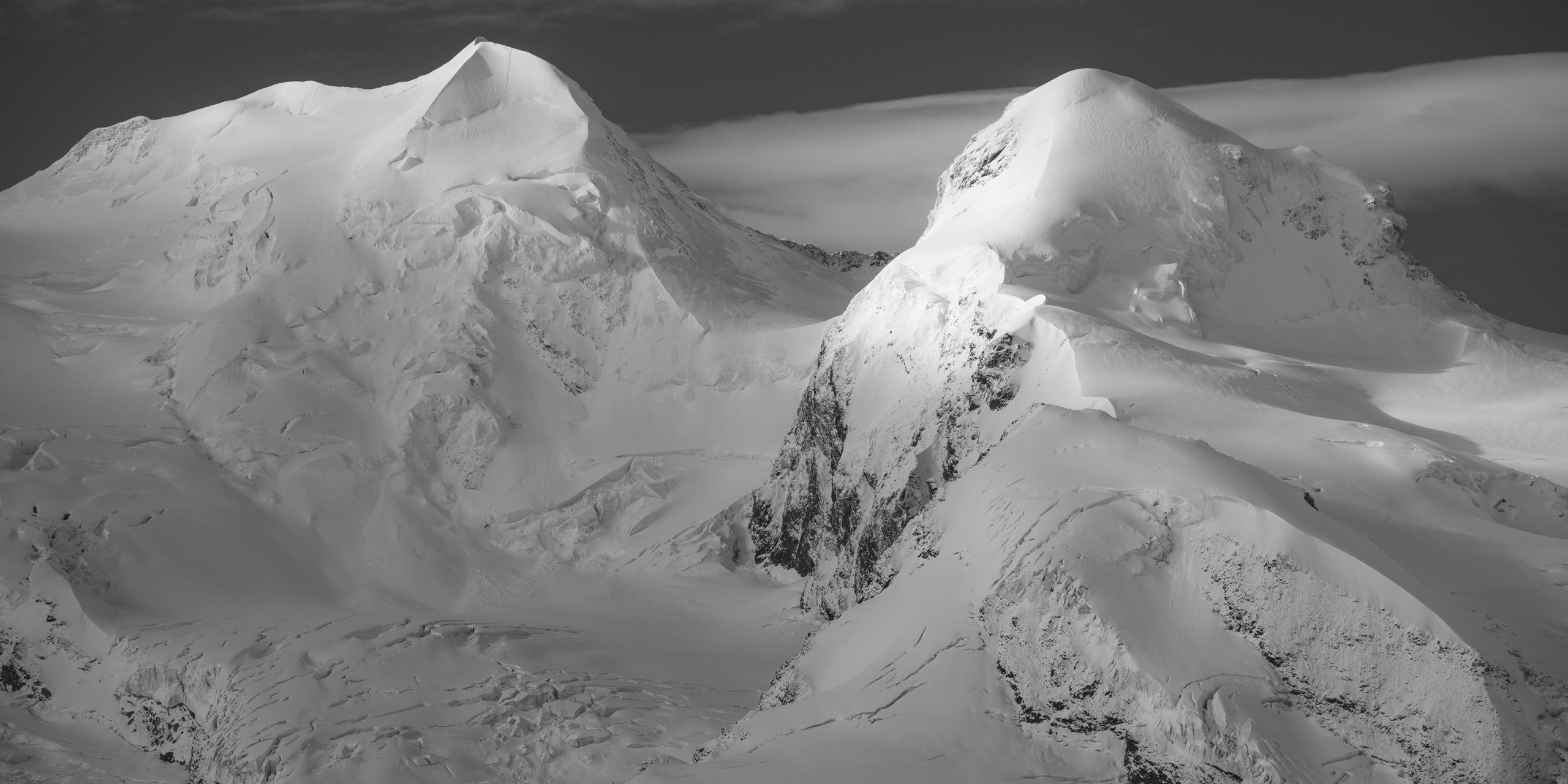 Panorama des montagnes Castor et Pollux - Photos Zermatt en Engadine après une tempete de neige en montagne