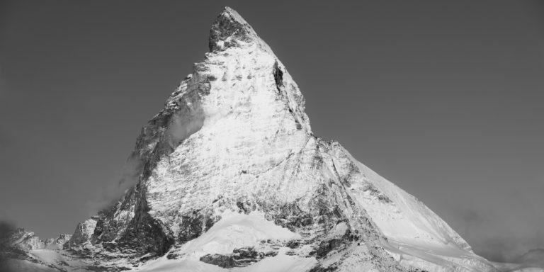Cervin - Gornergratt - images montagnes alpes noir et blanc - Montagnes rocheuses dans la neige en Suisse