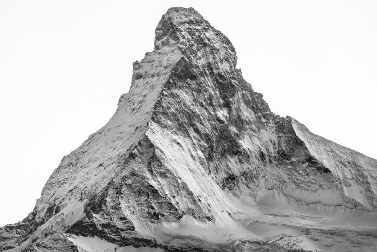Mont Cervin Matterhorn noir et blanc - Massif montagneux et montagnes rocheuses