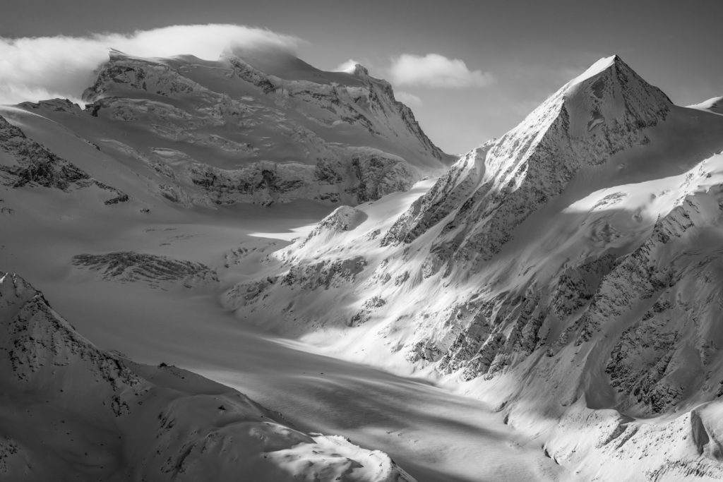 Fionnay cabane pannossière et glacier de corbassière - Montagne Verbier Combins