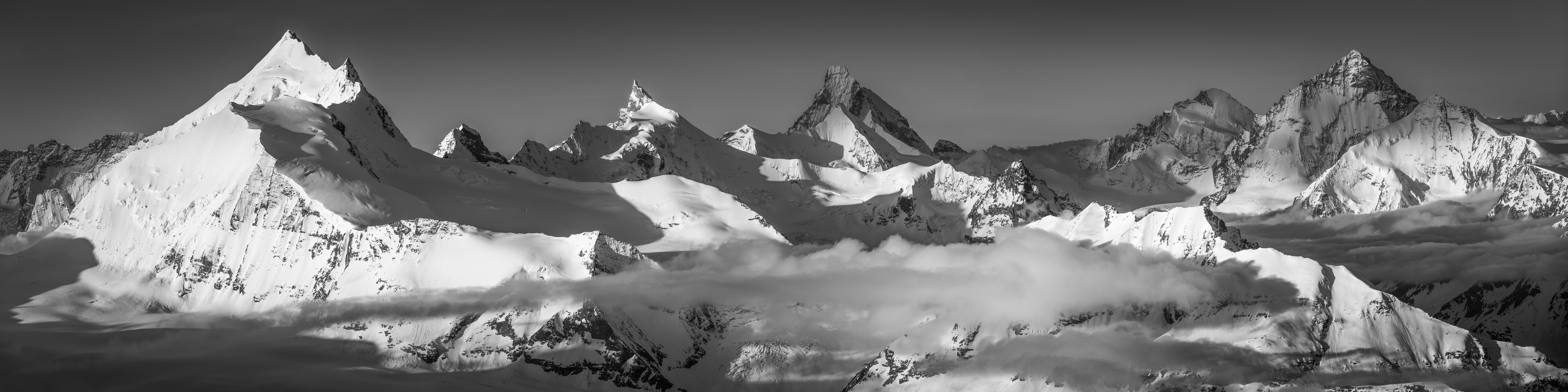 panoramique noir et blanc Couronne impériale de Zinal