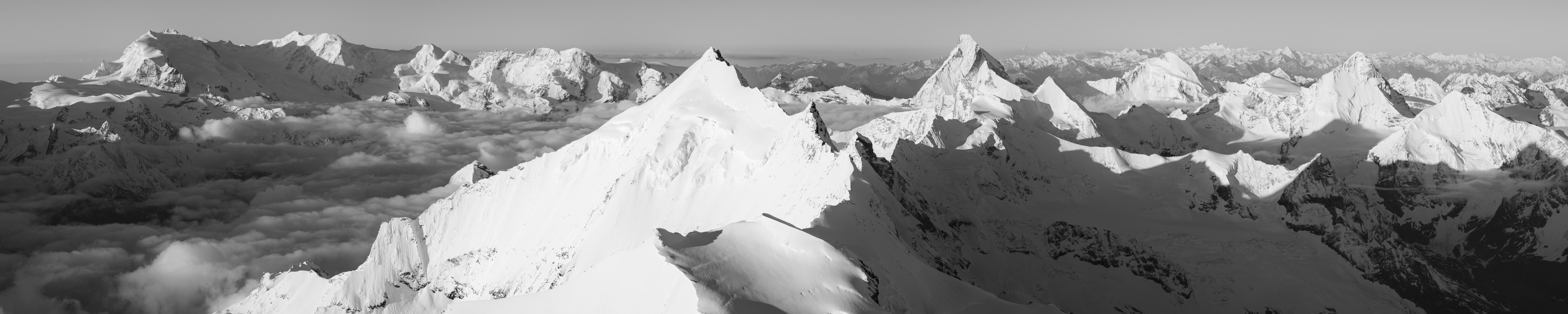 Zinal suisse - Vue panoramique montagne de la Couronne impériale de Zinal