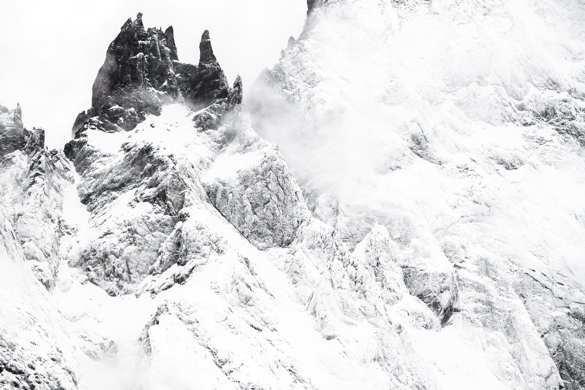 Photo montagne noir et blanc - Dames Anglaises sommet de montagne dans le massif du Mont Blanc