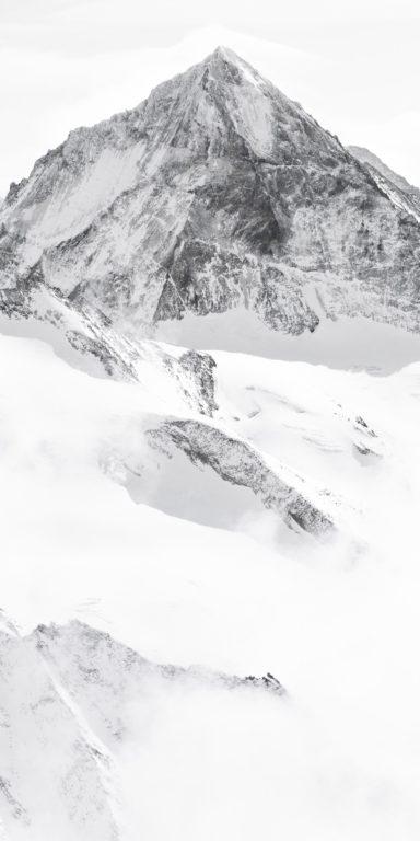 Dent Blanche Val d'H'érens - Encadrement photo panoramique verticale de montagne en noir et blanc
