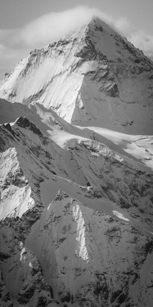 Les dents blanches alpes - photo haute montagne noir et blanc