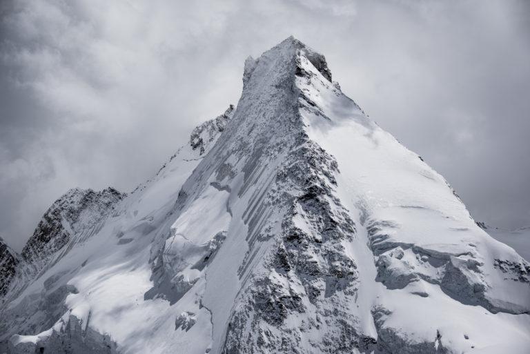 Val d'hérens - Photo mont dent blanche noir et blanc