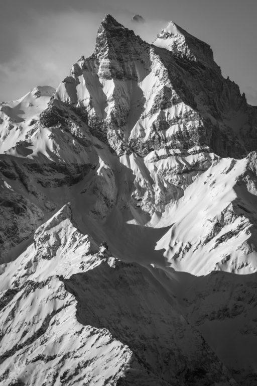 Dents du Midi - photos montagnes rocheuses noir et blanc -