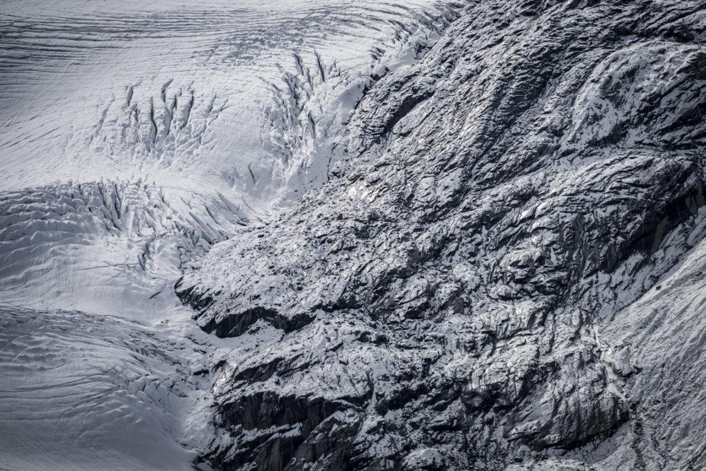 Photo glacier alpes - image de montagne noir et blanc