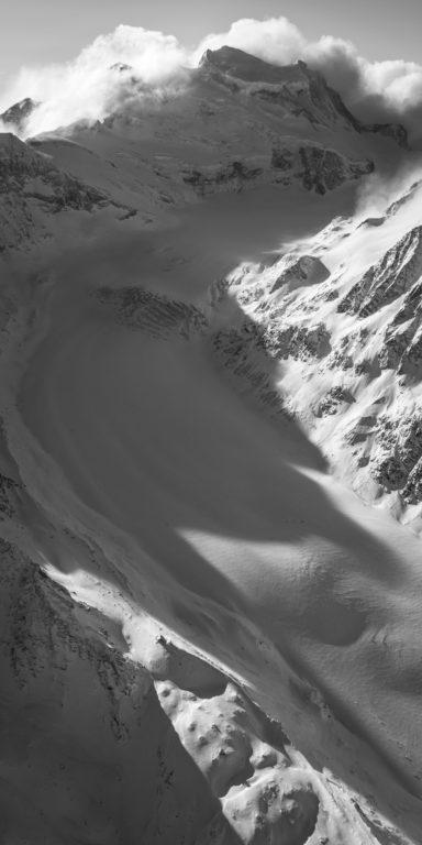 Glacier de Corbassière - schwarz-weißes Bergfoto zum Ausdrucken