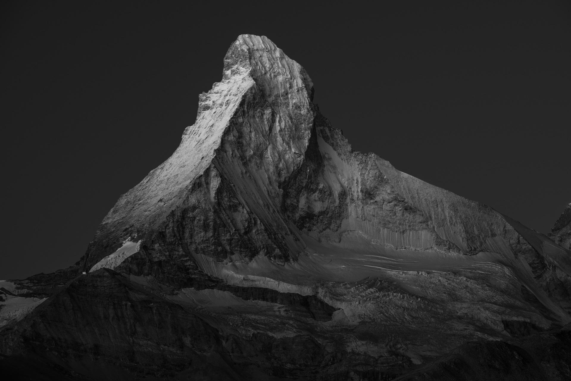 photo de montagne noir et blanc - photographie du Cervin