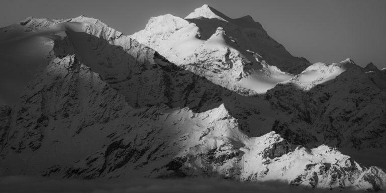 Grand Combin - Alpengipfel in Schwarz und Weiß