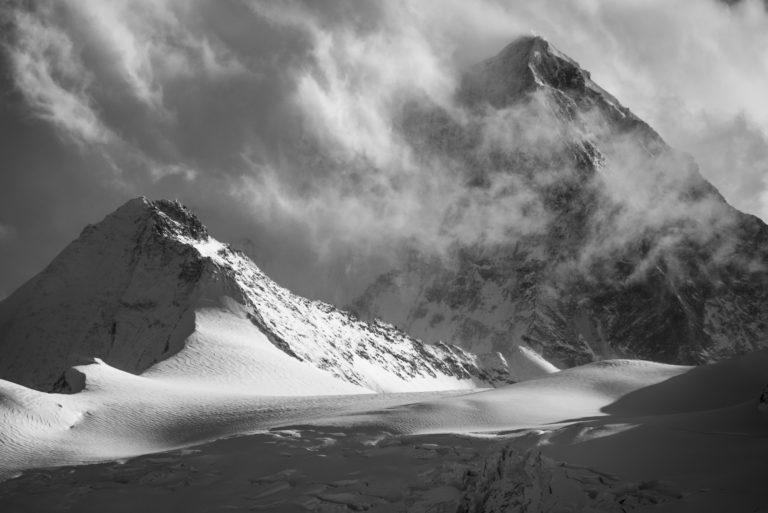 Photo montagne dent blanche vue du Val d'Anniviers - photos montagnes Alpes noir et blanc