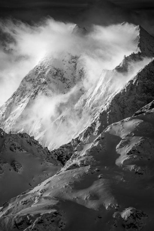Val d'hérens - sommet des alpes suisses - Grande Dent de Veisivi