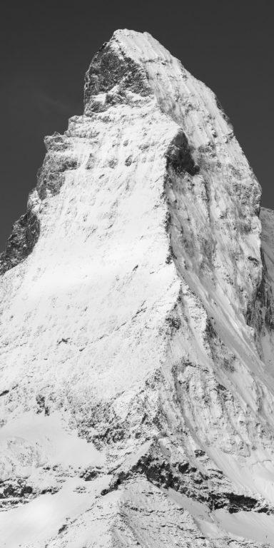 Arete de Hornli - Cervin - portrait panoramique du pic et du sommet d'une montagne dans les Alpes Suisses