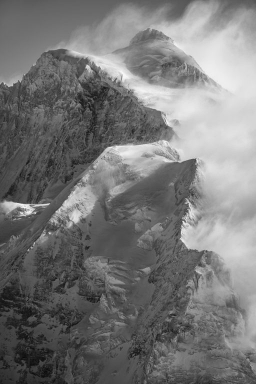 photo Jungfrau - montagne suisse - photo noir et blanc