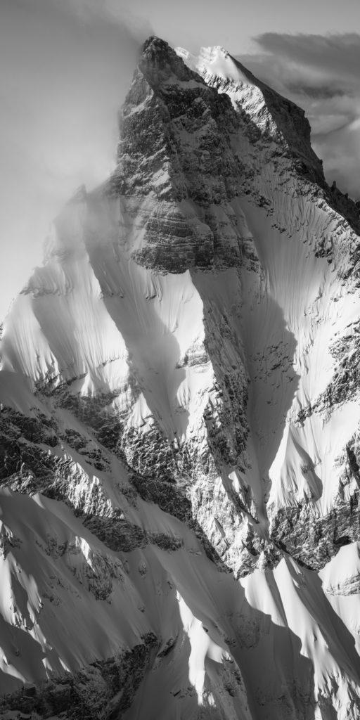 La Cîme de l'Est Dents du midi - photo d art montagne noir et blanc