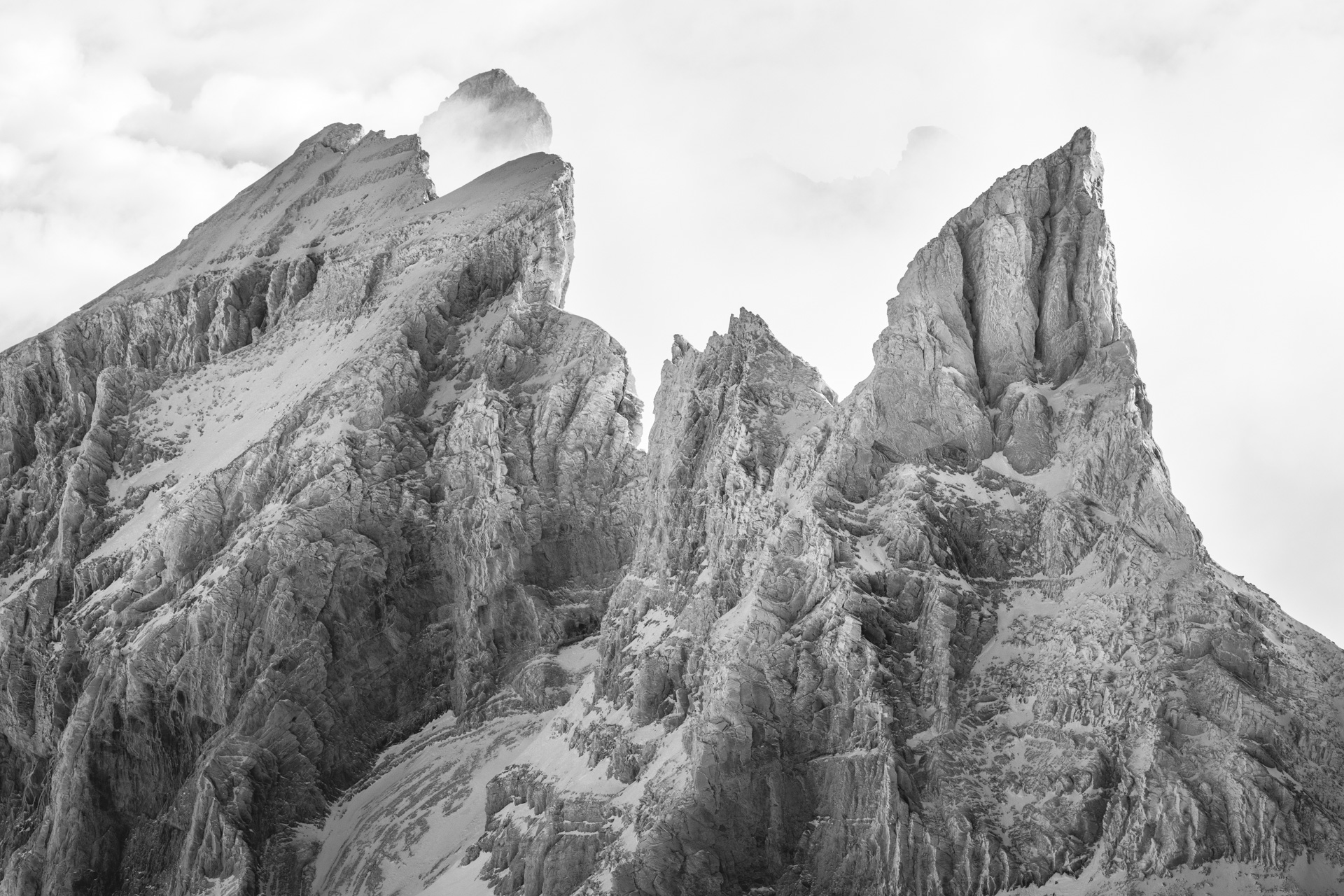 photo paysage de montagne en hiver - L'Eperon, La Cathédrale, La Forteresse, Cîme de l'Est