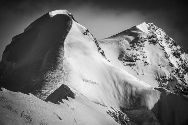 Vallée de Zermatt Valais Suisse - photo de montagne en noir et blanc- Lyskamm