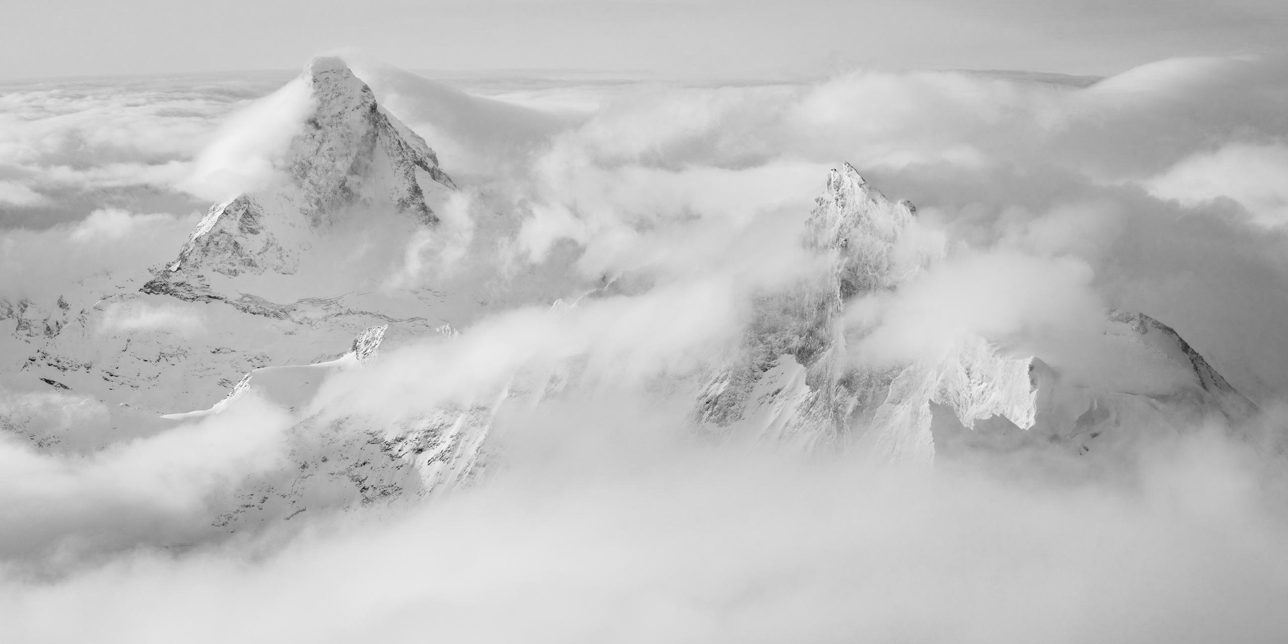 Panorama montagne Matterhorn - Photo panoramique Zinalrothorn montagne dans les Alpes