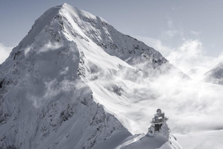 Observatoire du sphinx Monch - Grindelwald - photos montagnes suisses dans les nuages