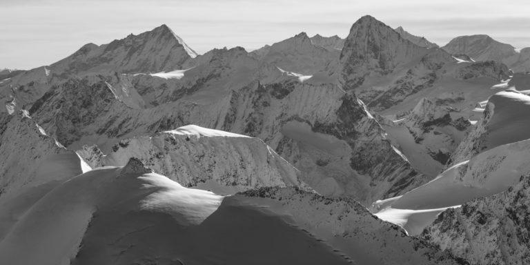 Les alpes valaisannes - Photo Montagne valais noir et blanc -