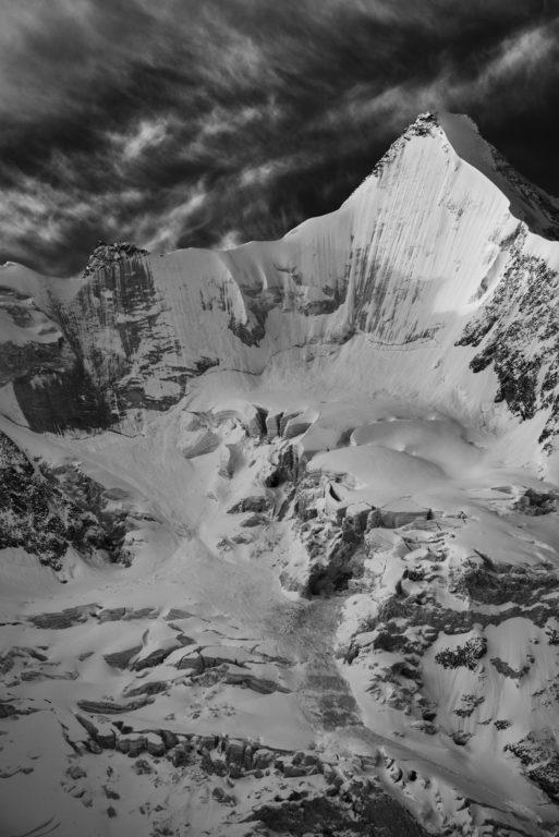 Obergabelhorn face nord vue Val d'Anniviers