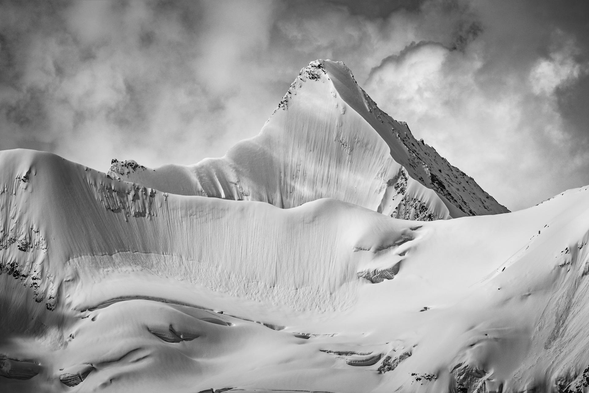 Val d'Anniviers - photo de neige en montagne Obergabelhorn