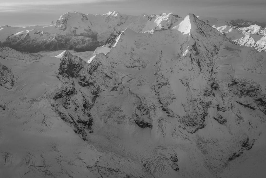 Obergabelhorn face nord - Image montagne noir et blanc Zermatt Val d'Anniviers