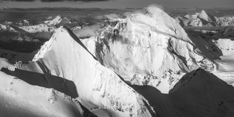 photo de montagne noir et blanc Obergabelhorn - Dent d'Hérens - Grivola