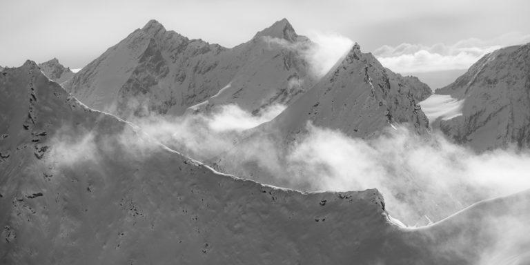 Zermatt Valais - photo de montagne en noir et blanc - Taschhorn - Obergabelhorn - Dom Mischabels