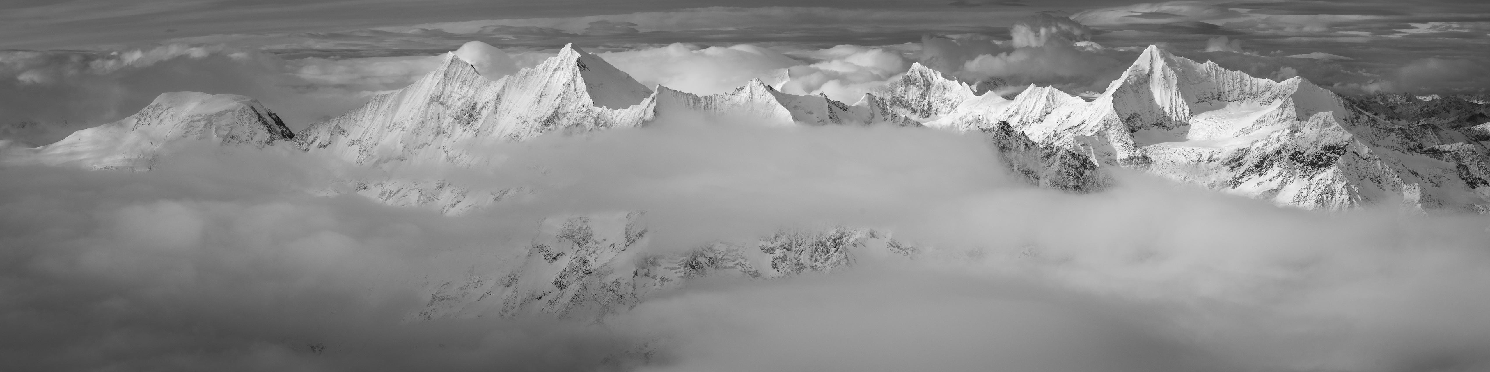poster panoramique montagne 4000s de Saas Fee et de Zermatt dans une mer de nuage - vallée de l'Engadine