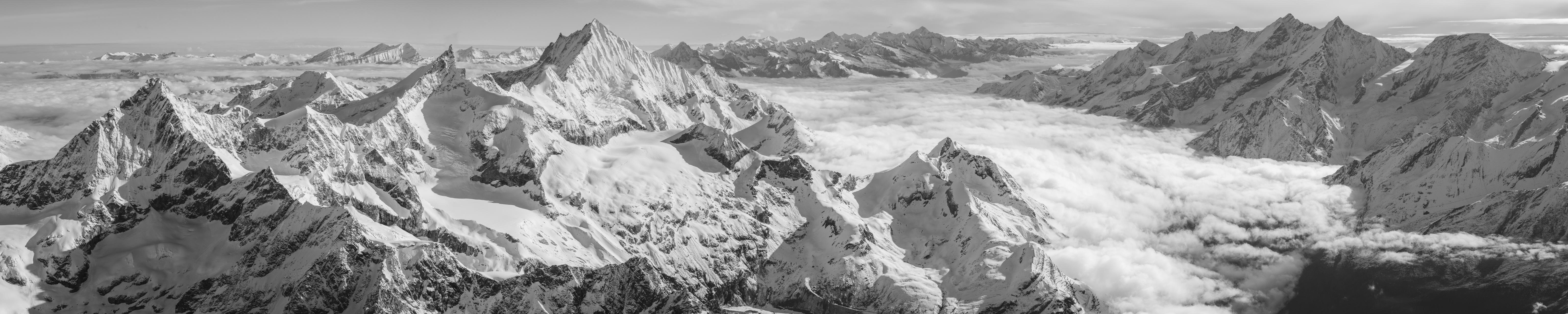 Alpes bernoises Mont Cervin - tableau photo panoramique en noir et blanc de montagne