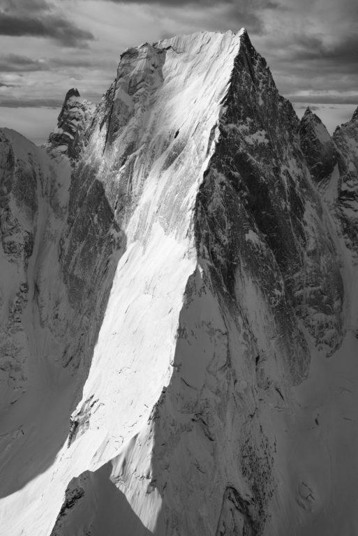 Piz Badile - photo en hélicoptère Vallée Engadine Grisons