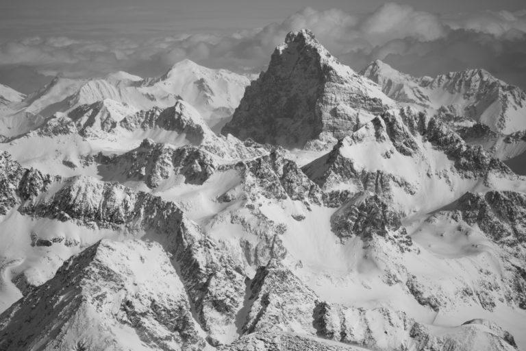 Photo Engadine Alpes - Piz Ela vue aérienne noir et blanc