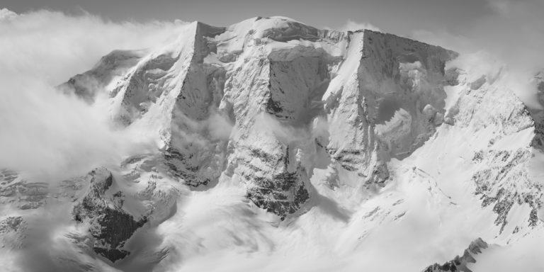 Photo hélicoptère Engadine - Image noir et blanc montagne Piz Palu
