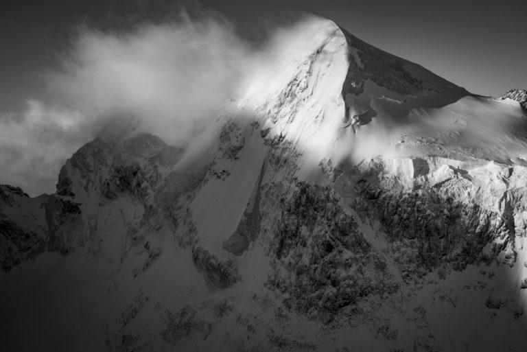 Piz Roseg - engadine st moritz - image montagne noir et blanc