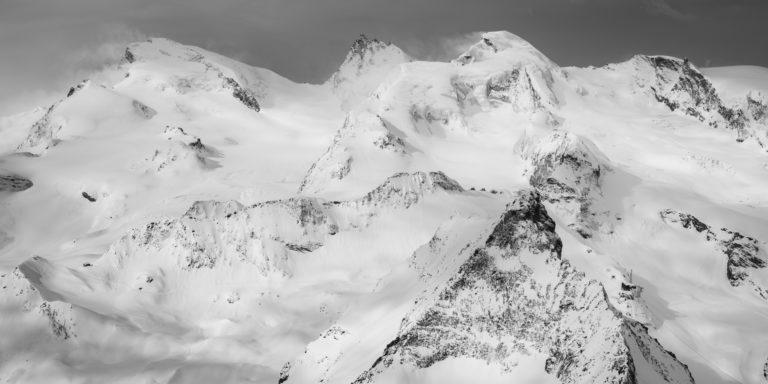 Image panorama Noir et blanc Strahlhorn - Rimpfischhorn - Allalinhorn
