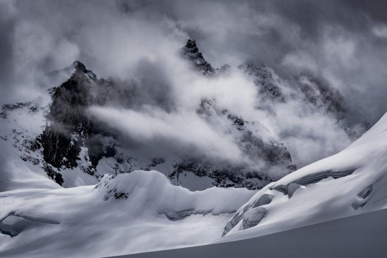 Photos Weisshorn Alpes Suisses - Grand Gendarme vu du val d'Anniviers - Crans Montana