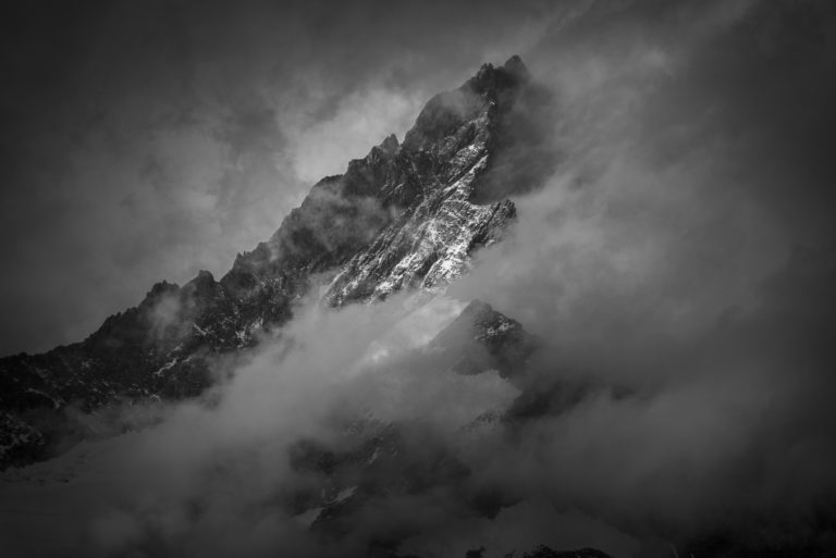 Zinalrothorn Zermatt- image neige montagne