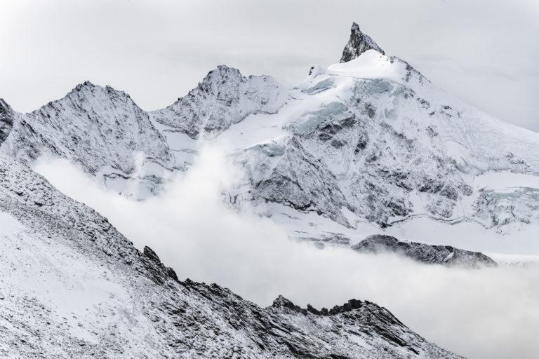 Premiere neige sur le Zinalrothorn - tableau photo paysage montagne prise par un photographe hautes alpes