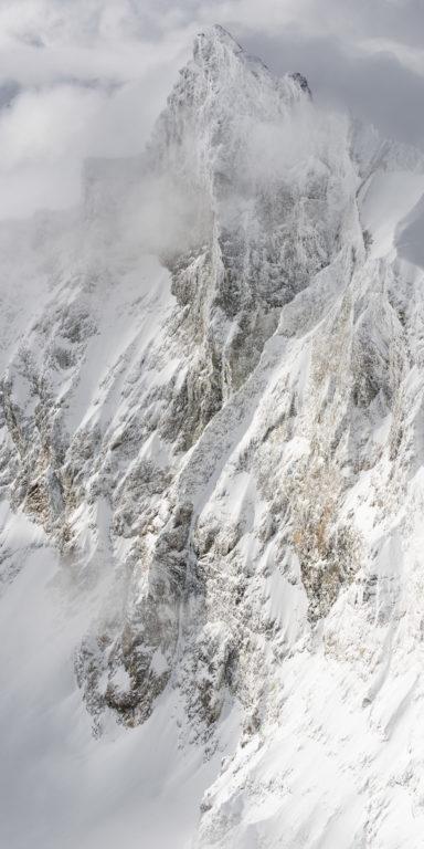 Zinalrothorn Zermatt Engadine- vue panoramique montagne verticale