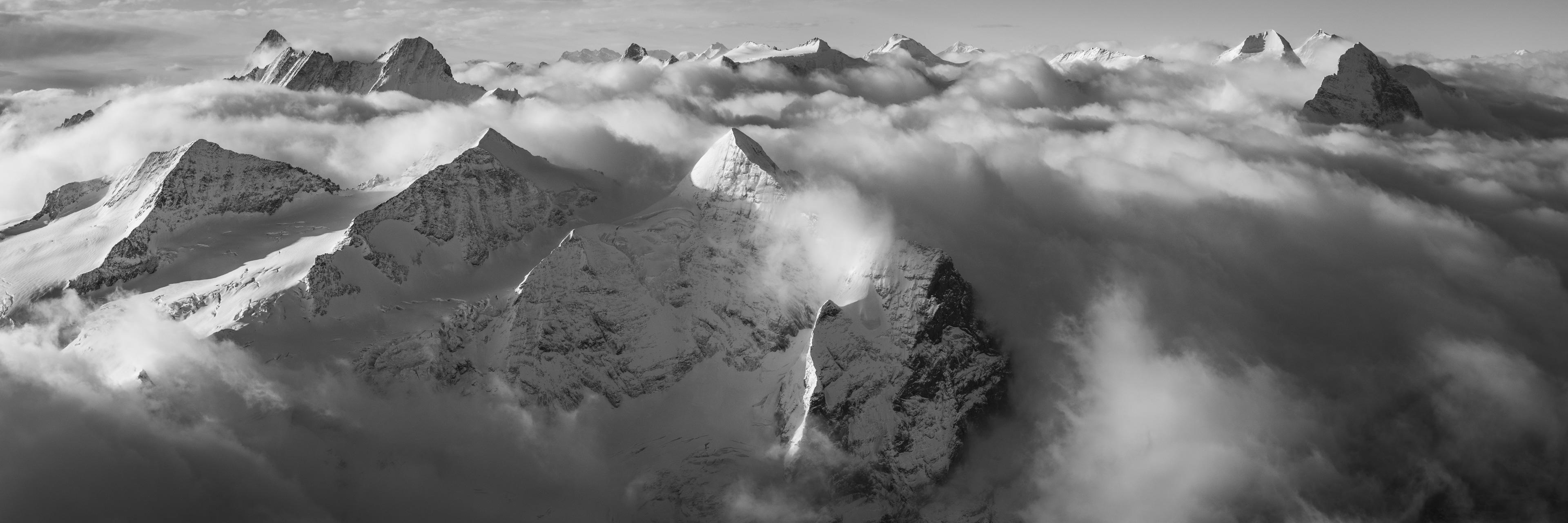 Panorama montagne - Vue panoramique montagne des Alpes Bernoises