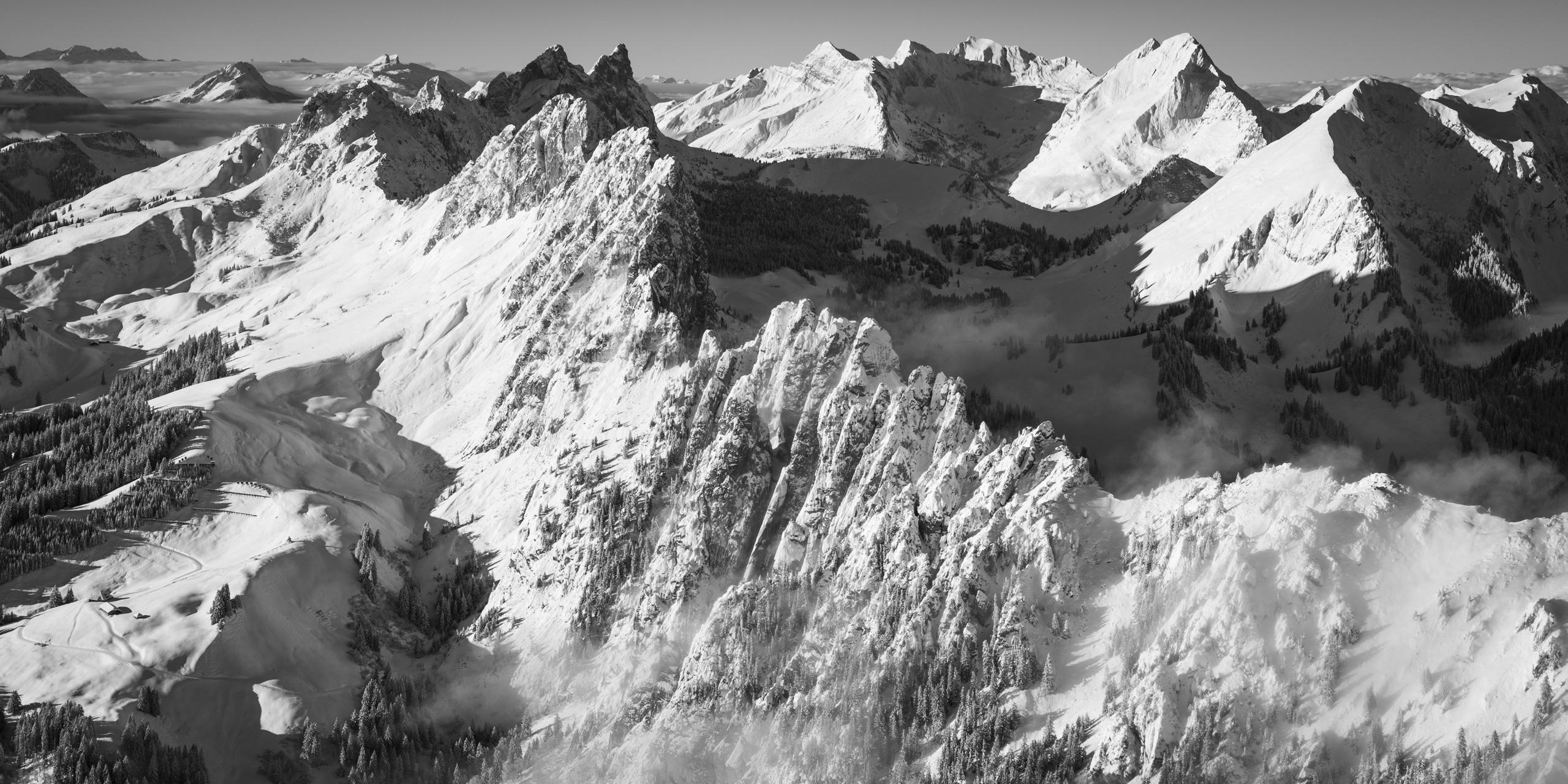 Photographie panoramique des Gastlosen - Photo montagne Fribourg