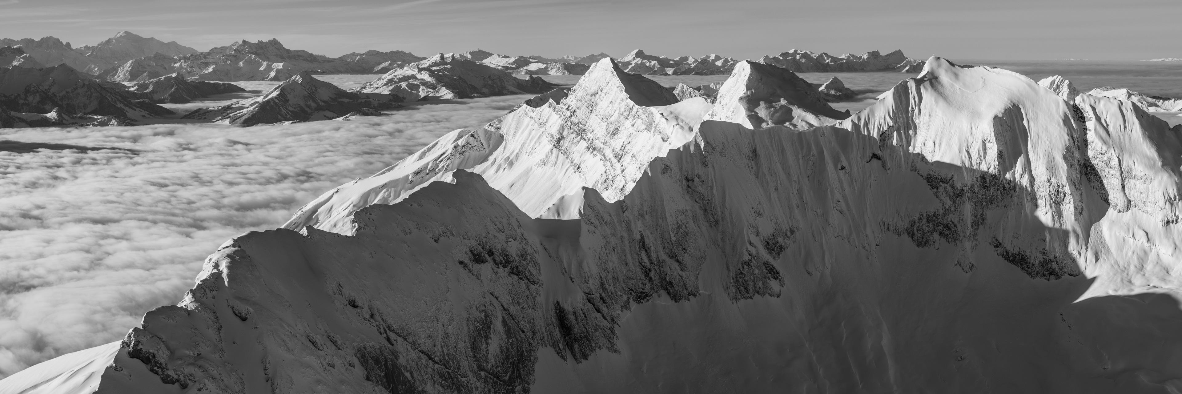 Pananorama du Vanil Noir- photo panoramique du Vanil Noir, des Dents du Midi et du Mont Blanc