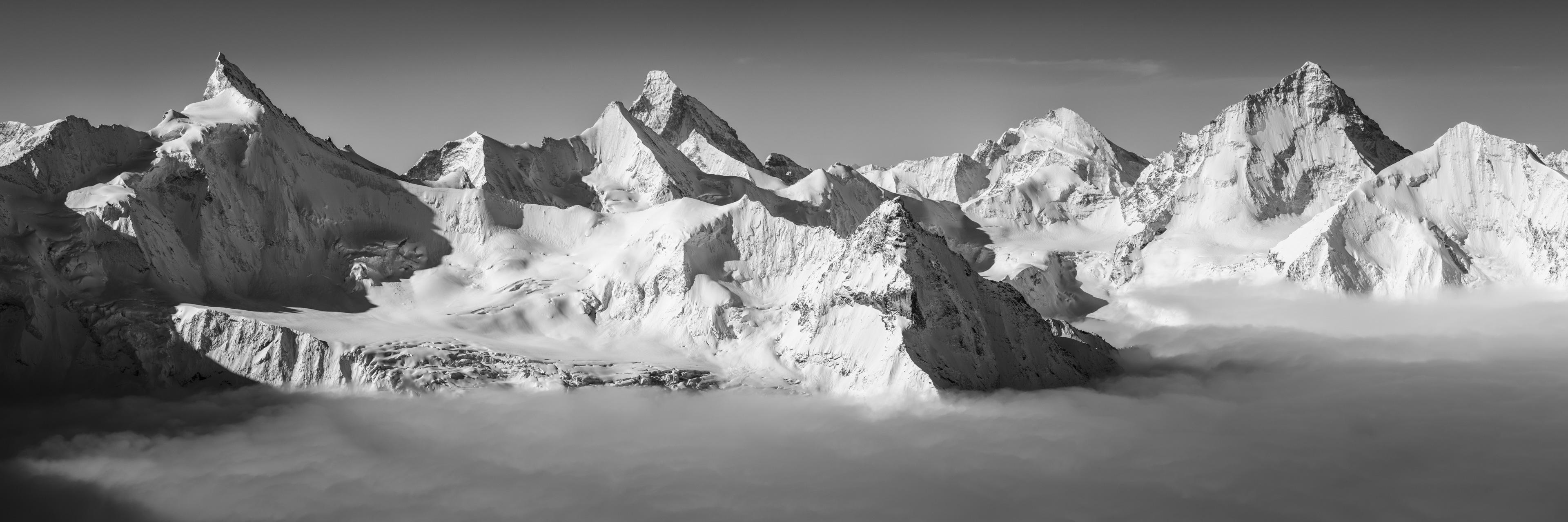 photo panoramique des alpes suisse - Photo montagne enneigée Vallée Zermatt - Photo de paysage de montagne - Photo montagne neige -